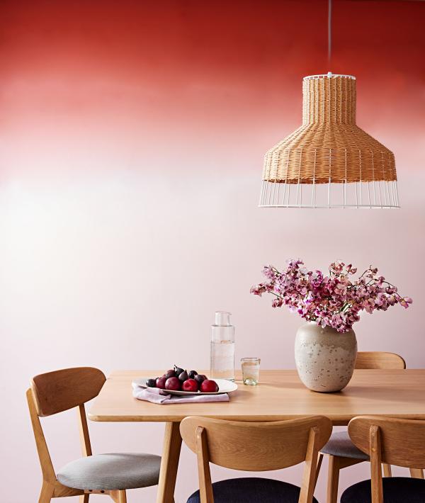 Aktuelle Wandfarben tolle Wandgestaltung rosa Wand im Ombre Effekt