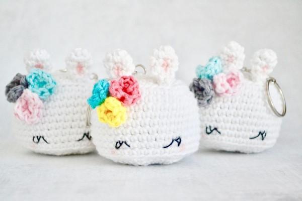 Amigurumi Hase häkeln – Ideen für Ostern zum Inspirieren und Nachmachen schlüssel anhänger hase