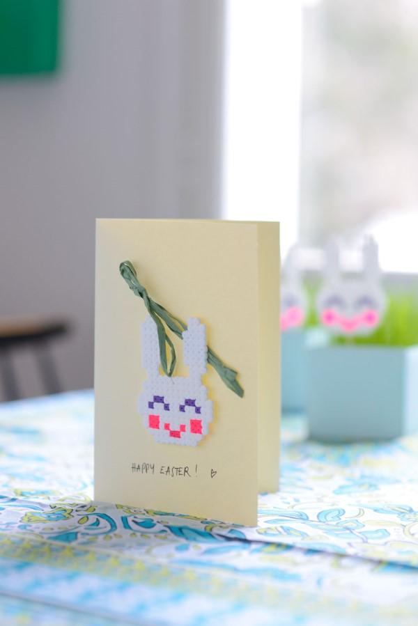 Basteln mit Bügelperlen zu Ostern – coole Ideen und praktische Tipps osterkarte grußkarte hase