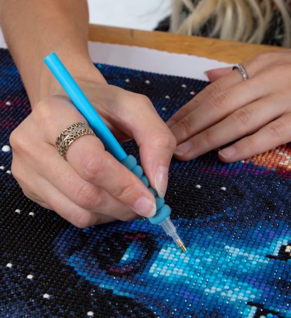 Diamond Painting – der Trend, der gegen Stress wirkt wolf mond diy art