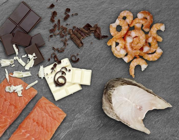 Essen zu Ostern filet mignon mit schokoladensosse mit fisch