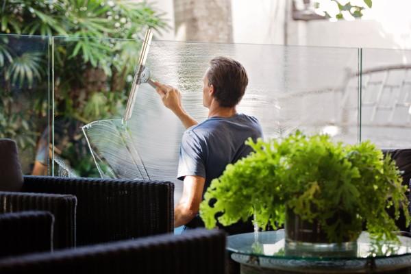 Frühjahrsputz Checkliste und andere schlaue Tipps außenbereiche balkon putzen