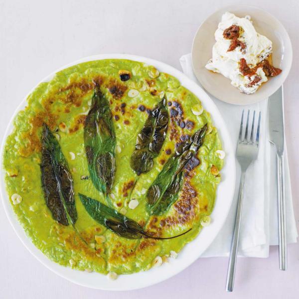 Gründonnerstag grüne Speisen traditionelle Rezepte Bärlauch Pfannkuchen