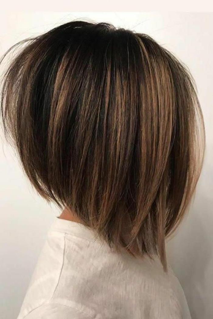 Kurzhaarfrisuren für feines Haar Bobschnitt vorn lang asymetrisch