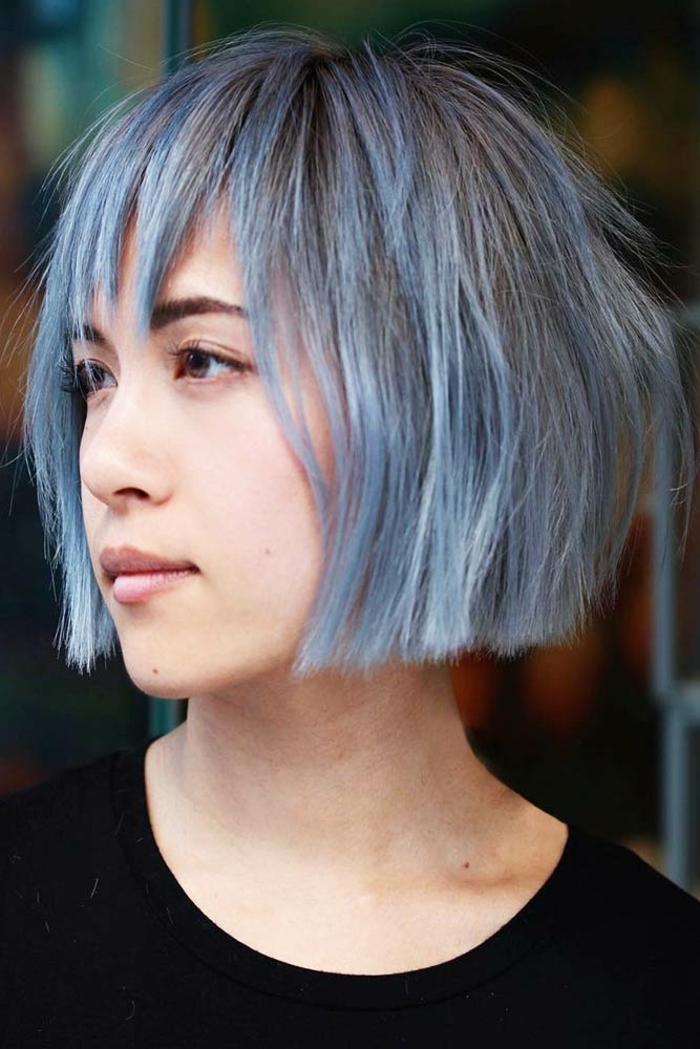 Kurzhaarfrisuren für feines Haar Bobschnitt vorn lang blau