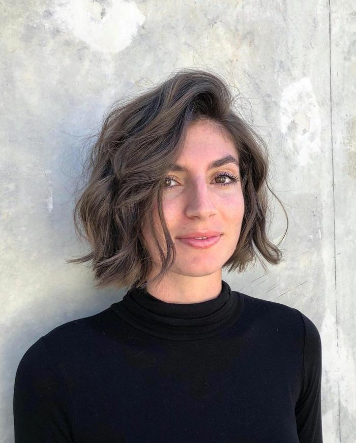 Kurzhaarfrisuren für feines Haar Bobschnitt vorn lang laessig