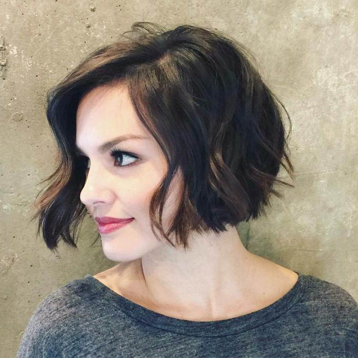 Kurzhaarfrisuren für feines Haar Bobschnitt vornkurz asymetrisch