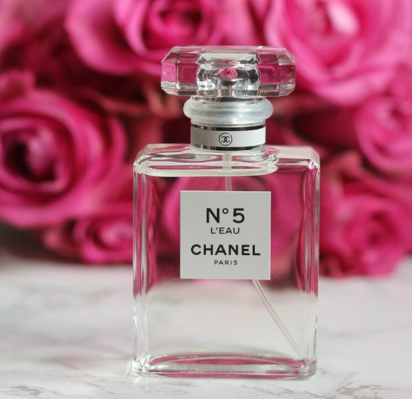 Luxuriöse Geschenke für sie chanel parfüm geschenkidee luxus