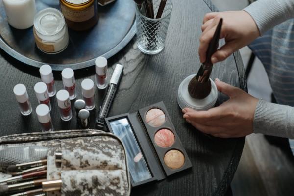 Luxuriöse Geschenke für sie makeup ideen trends 2021