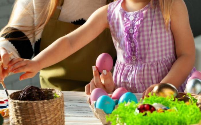 Ostereier bemalen Ideen kindgerecht naturfarben