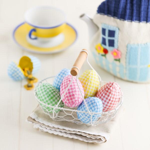 Osterkörbchen basteln – kreative Ideen, festliche Tipps und kinderleichte Anleitung zum Nachmachen decoupage eier metall korb