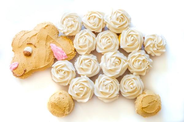 Osterlamm backen – leichtes Rezept und Ideen zum Inspirieren lamm muffins deko