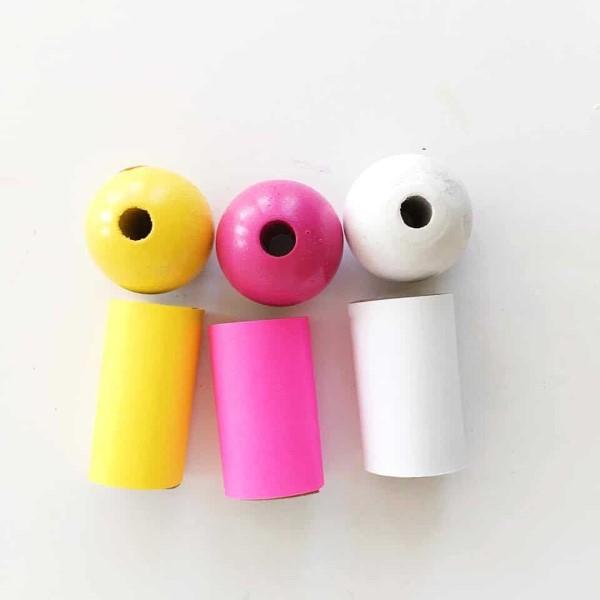 Osterlamm basteln – umweltfreundliche Ideen und kinderleichte Anleitungen klorollen puppen finger