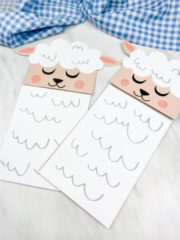 Osterlamm basteln – umweltfreundliche Ideen und kinderleichte Anleitungen papiertüten deko lamm schaf
