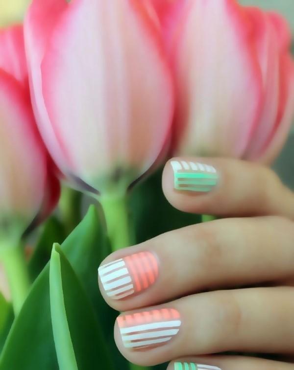 Pastell Nägel – Ideen für eine stilvolle Frühlings- und Oster-Maniküre tulpen muster