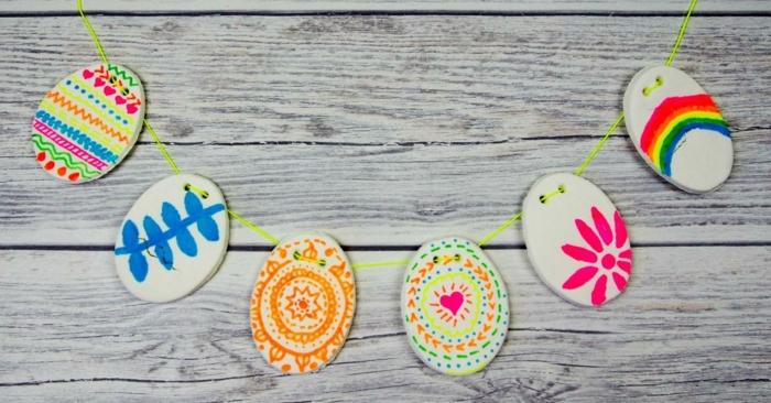 Salzteig Ostern Ideen basteln mit Kindern zu ostern blumen