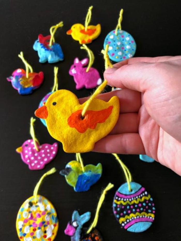 Salzteig Ostern Ideen basteln mit Kindern zu ostern kuecken