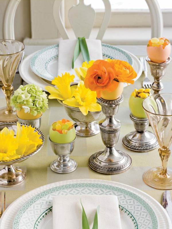 Tischdeko zu Ostern Ostertisch Tisch eindecken ´Tipps Kerzenständer