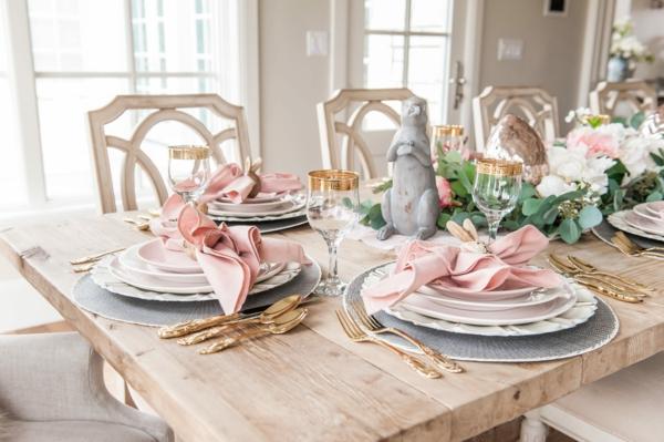 Tischdeko zu Ostern Ostertisch Tisch eindecken Serviettenringe Holz Hase2