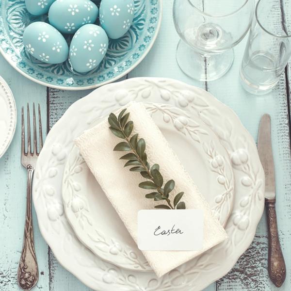 Tischdeko zu Ostern Ostertisch dekorieren Namenschild