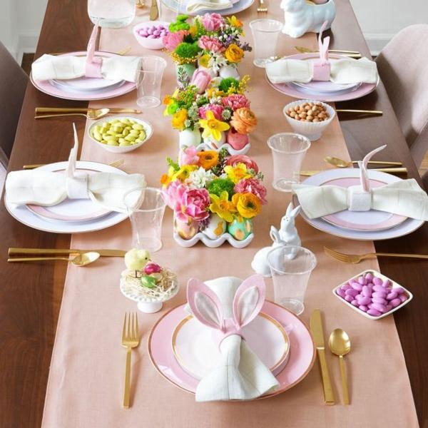 Tischdeko zu Ostern Ostertisch dekorieren Serviettenringe Hasenohren