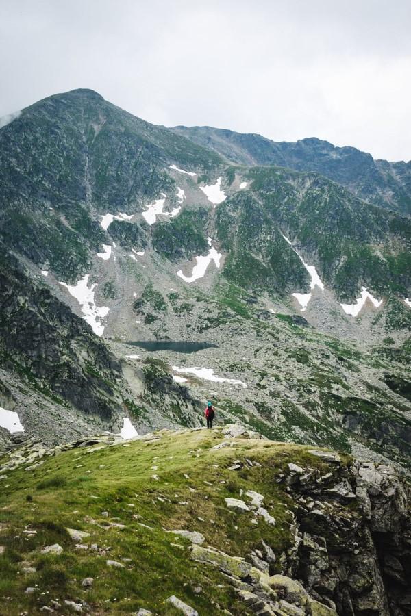 Wandern in Rumänien – Die perfekte Wanderreise planen landschaft romania wanderausflug