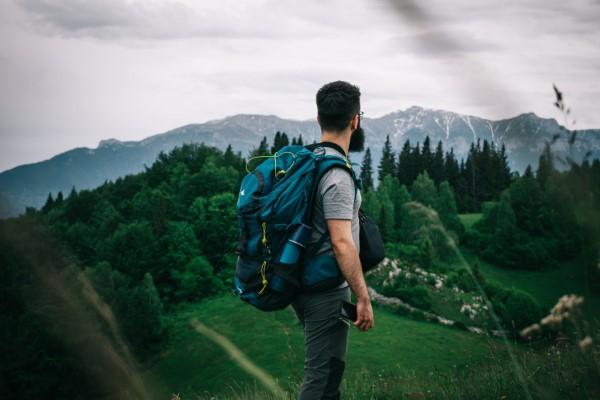 Wandern in Rumänien – Die perfekte Wanderreise planen wanderung gebirge landschaft