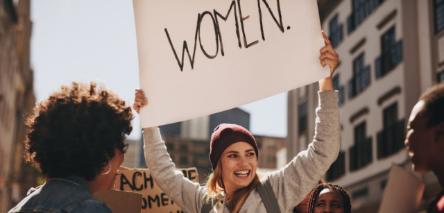 Weltfrauentag am 8.März lange Geschichte Protestbewegung gegen Diskriminierung für gleiche Rechte wie Männer