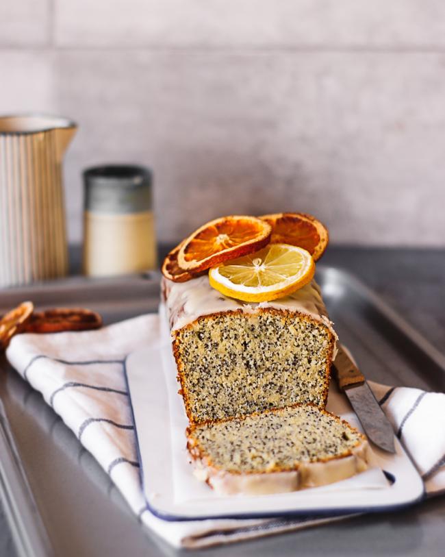 Zitronenkuchen backen zwei Rezepte Zitronen-Mohn-Kuchen für Vegane