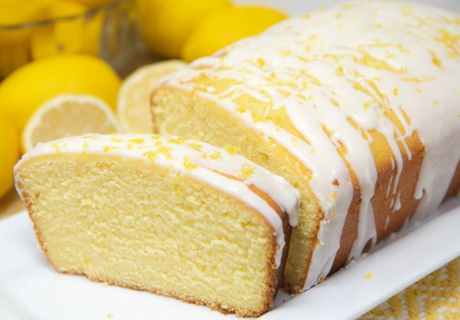 Zitronenkuchen backen zwei Rezepte aus der Kastenform frisch saftig bei Groß und Klein beliebt