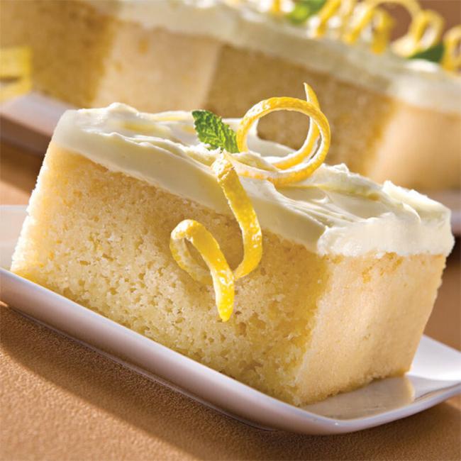 Zitronenkuchen backen zwei Rezepte eine echte Versuchung auf dem Teller Zitronenschafe darauf