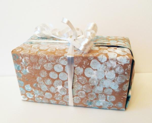 luftpolsterfolie geschenkpapier dekorieren