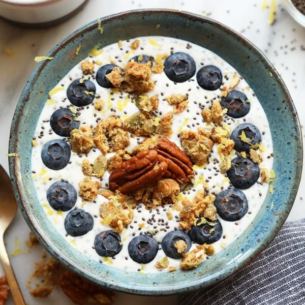 joghurt bowl blaubeeren schnelle frühstücksideen