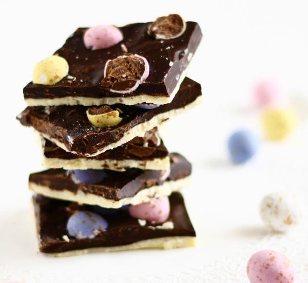 kreative bruchschokolade selber machen ostereier bonbons
