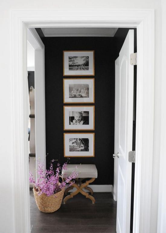 moderne Fotowand gestalten strenge Hängung vier Bilder vertikal angeordnet