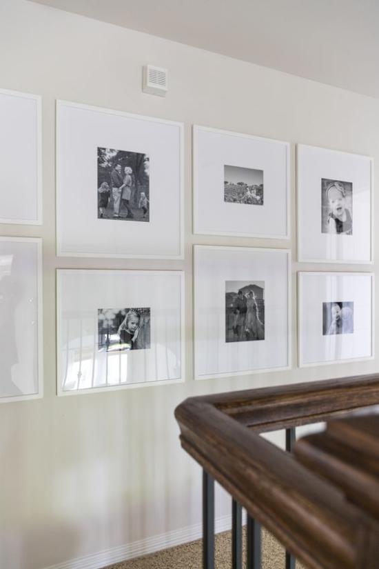 moderne Fotowand strenge zusammenhängende Anordnung