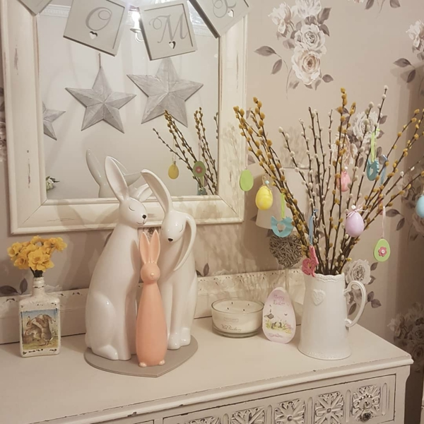 osterdeko kommode dekorieren osterstrauß
