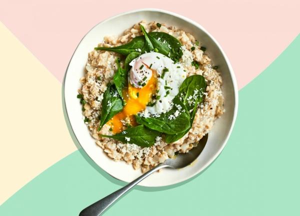 schnelle frühstücksideen eier spinat pseudogetreide