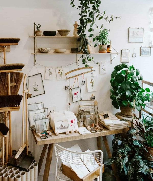 ufopflanze pilea home office dekorieren