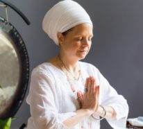Kundalini Yoga: Was ist genau Aquarian Sadhana?