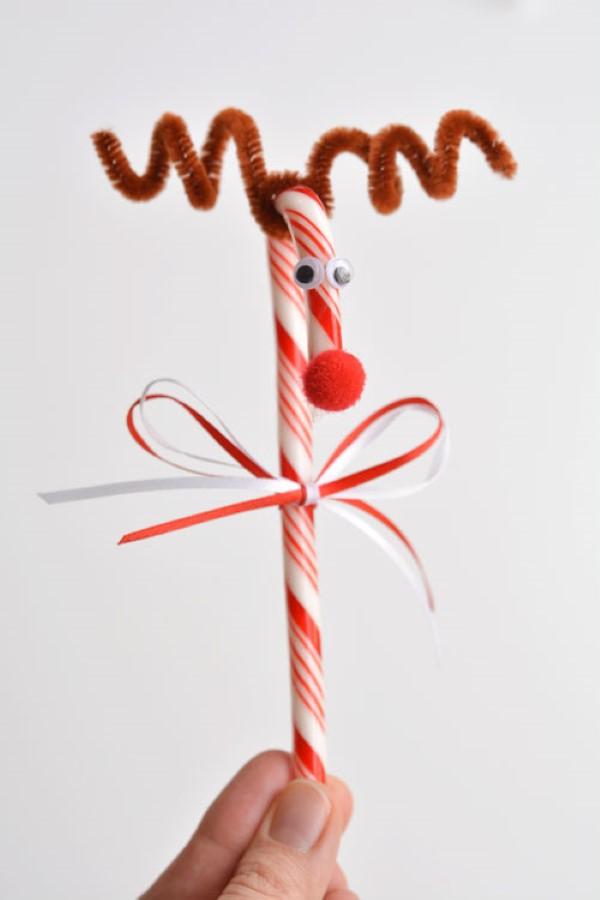 Basteln mit Pfeifenreinigern – 60 Bastelideen zum einfachen Nachmachen rentier weihnachten diy