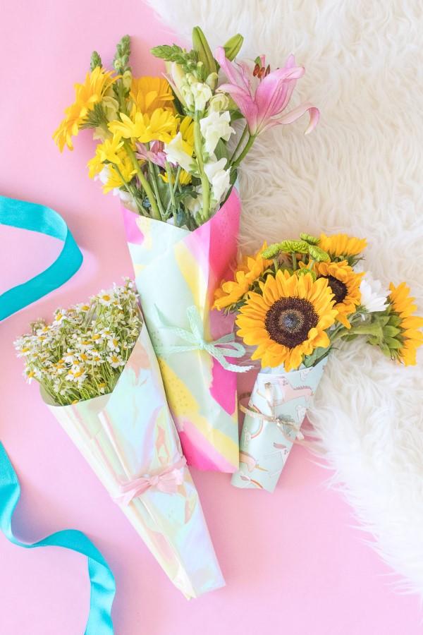 Blumenstrauß zum Muttertag selber binden – Die besten Blumenarten für Mama und Tipps hübsche blumen arrangements mutti