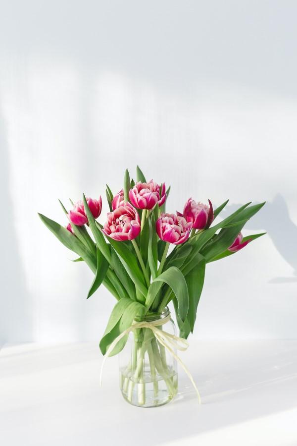 Blumenstrauß zum Muttertag selber binden – Die besten Blumenarten für Mama und Tipps muttertag ideen mit tulpen strauß