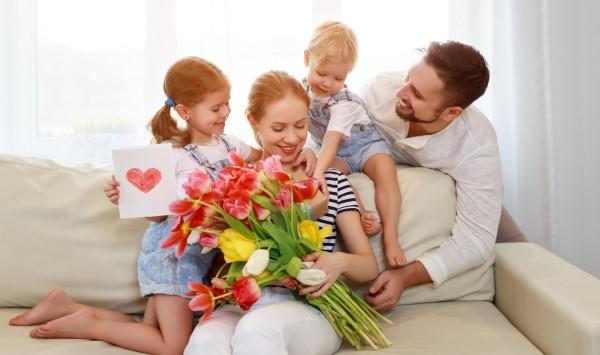 Blumenstrauß zum Muttertag selber binden – Die besten Blumenarten für Mama und Tipps muttertag mit der ganzen familie