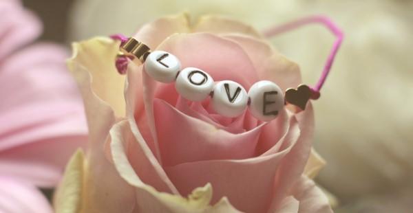 Blumenstrauß zum Muttertag selber binden – Die besten Blumenarten für Mama und Tipps mutti rosen liebe