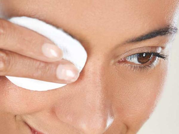 Brennende Augen haben Mögliche Ursachen und nützliche Tipps Kompresse