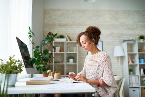 Das eigene Home-Office in einen Wohlfühlort verwandeln3