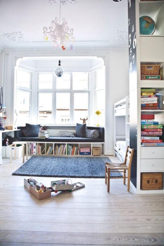 Erkerfenster offener raum viel Platz zum Spielen Licht praktische Einrichtung