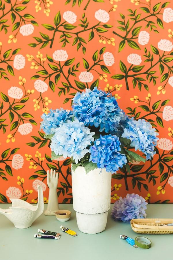 Frühlingsblumen basteln mit Kindern – Ideen und Anleitung für Anfänger und Profi-Bastler blaue hortensien ideen