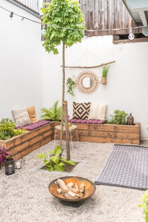 Gartenbank dekorieren – Ideen und Tipps für ein zauberhaftes Gartengefühl minimalistisch boho chic ideen
